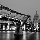 Millennium Bridge & St Paul's Cathedral, London - Mono by strangelight