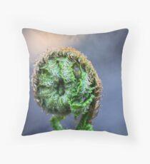 Farn Throw Pillow