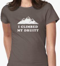I Climbed Mt Druitt Women's Fitted T-Shirt