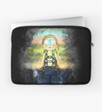 Morty Hovering with Death Crystal Grunge Painting Laptop Sleeve