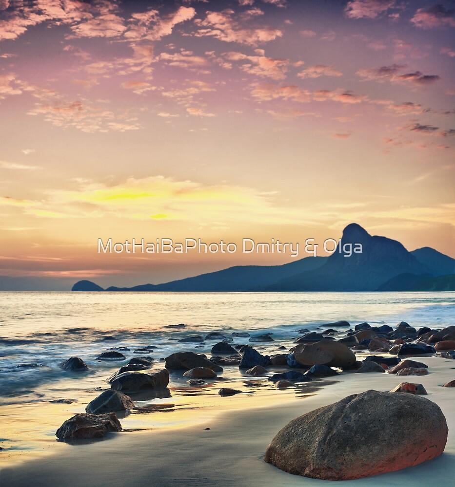 Sunrise over the sea by MotHaiBaPhoto Dmitry & Olga