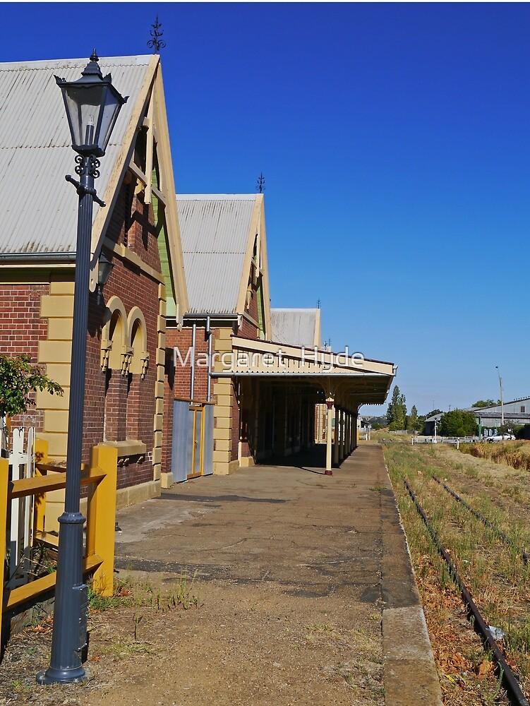 Railway platform, Young,  N.S.W,  Australia by Margaret  Hyde