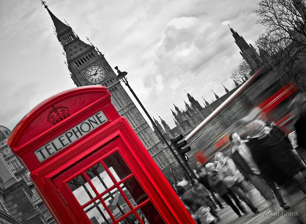 Telephone Booth in London by Assaf Frank