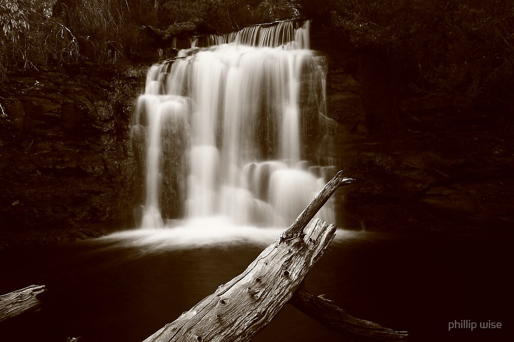 Kia Ora falls on the Overland Track Tasmania , Australia by phillip wise