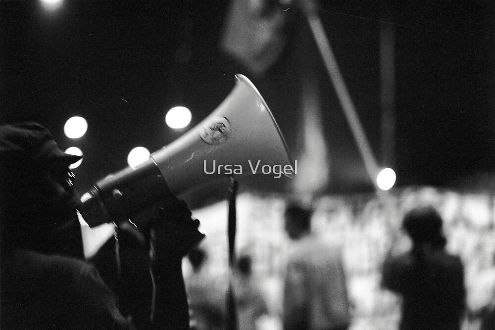 1987 - demonstration by moyo