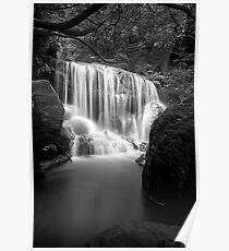 Lurinda falls Poster