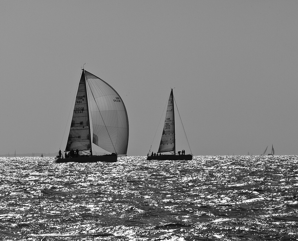 Heading home, Solent by Gary Eason