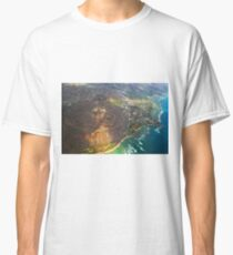 Diamond Head in Waikiki Beach - Honolulu, OAHU HAWAII Classic T-Shirt