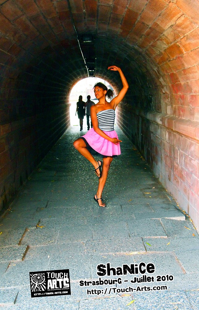Dance with Shanice in Strasbourg  by djeb by touch-arts