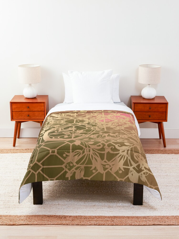 Alternate view of Gold Filigree and Lace on Green and Pink Comforter