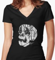 Slashed Skull Fitted V-Neck T-Shirt