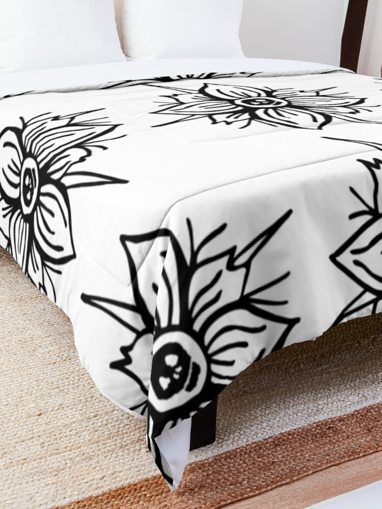 Alternate view of Flower Skull Comforter