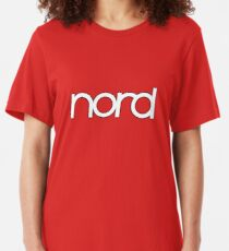 Wunderbarer Nord Synth Slim Fit T-Shirt