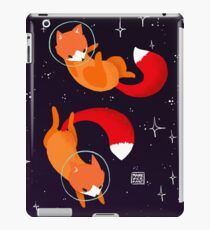 Space Foxes iPad Case/Skin