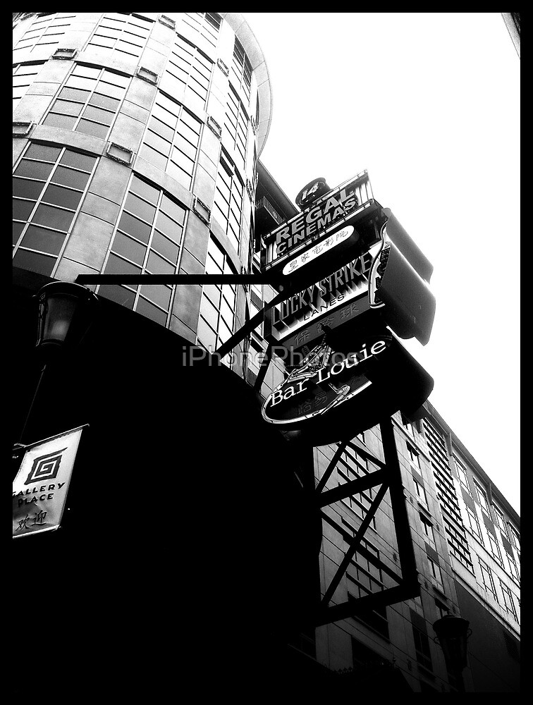 Lucky's by iPhonePhotos