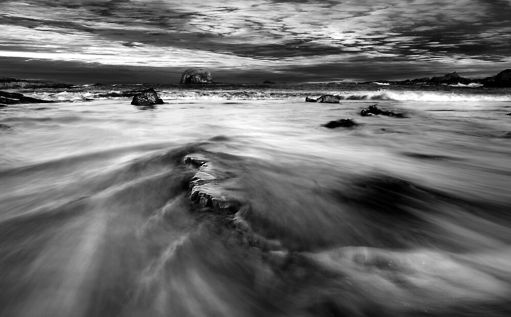 Dramatic Sea scape, by KWTImages