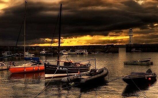 Storm Over Newhaven by Don Alexander Lumsden (Echo7)
