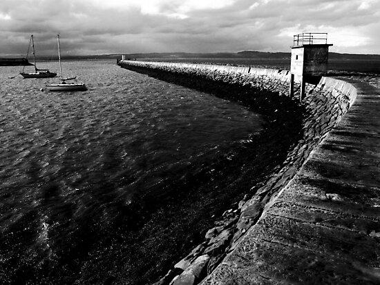 Pier B&W by ulryka