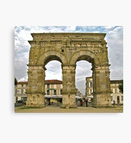 Saintes - Arc de Triomphe Canvas Print