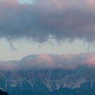 Moieciu de Sus at dawn by iulix