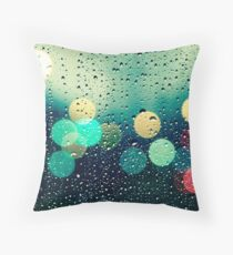 Rain and the city Throw Pillow
